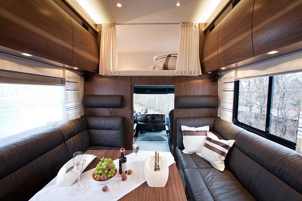 Viel Platz und viel Leder bietet der Luxusliner