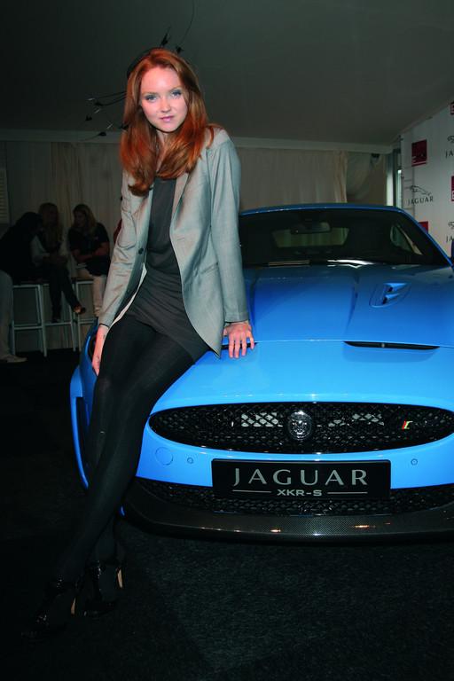 Zu Gast bei der Deutschlandpremiere des Jaguar XKR-S und der 50-Jahr-Feier für den E-Type: Topmodel und Schauspielerin Lily Cole.