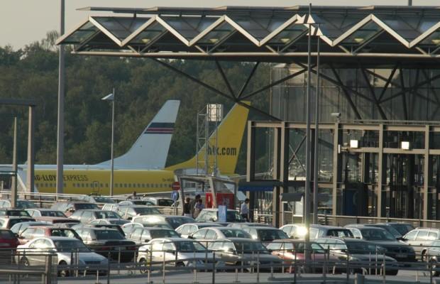 Parken am Flughafen - Teure Terminalnähe