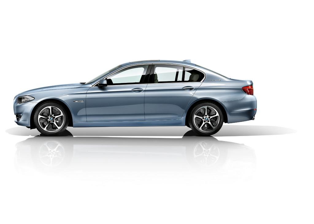 5er BMW jetzt auch mit 340-PS-Hybridantrieb