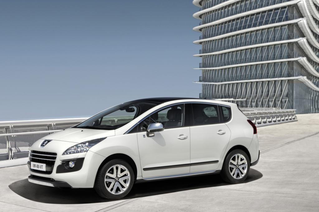 Als Basiseinheit kombiniert der PSA Konzern (Peugeot/Citroen) einen Diesel mit 120 kW/163 PS mit einer 27 kW/37 PS starken E-Mas