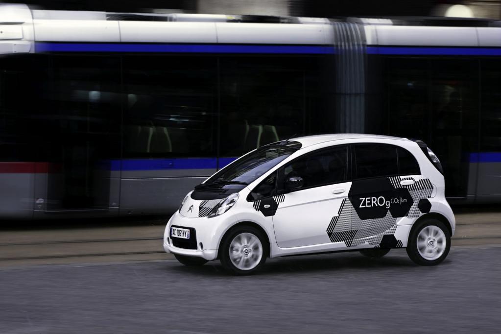 App hilft beim E-Auto-Kauf