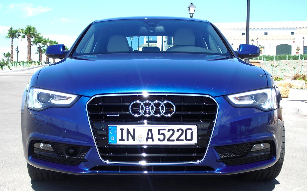 Audi A5: Blick auf die Frontpartie des Fünftürers.