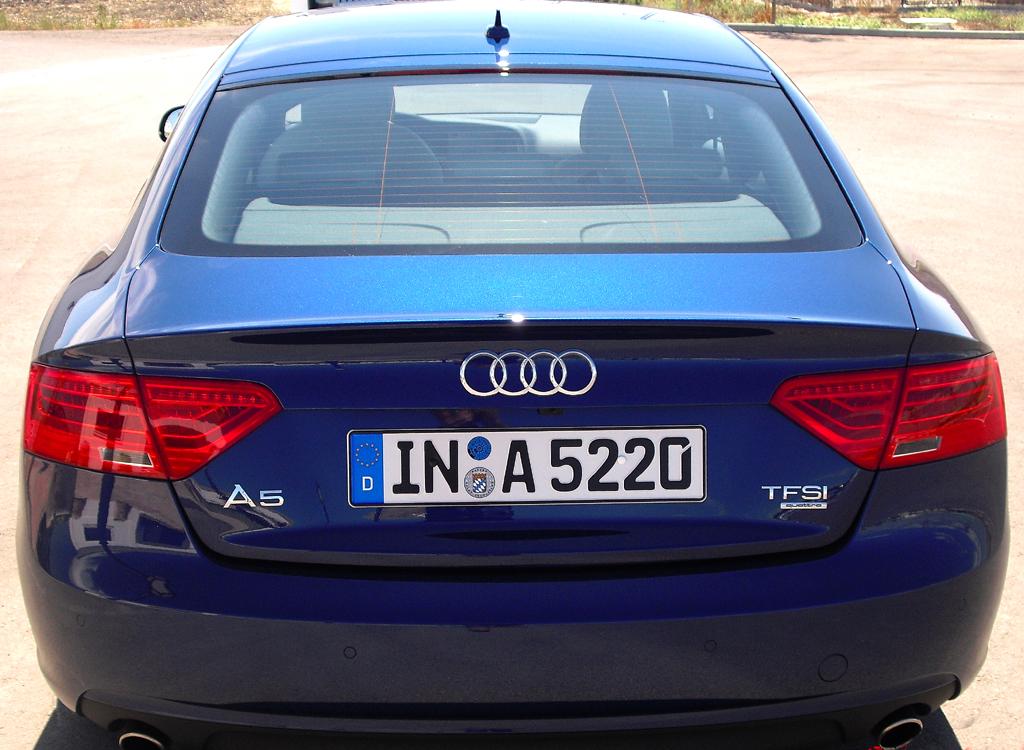 Audi A5: Blick auf die Heckpartie des Sportback, dessen ...