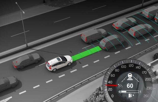 Autofahrer mit Assistenzsystemen reagieren langsamer