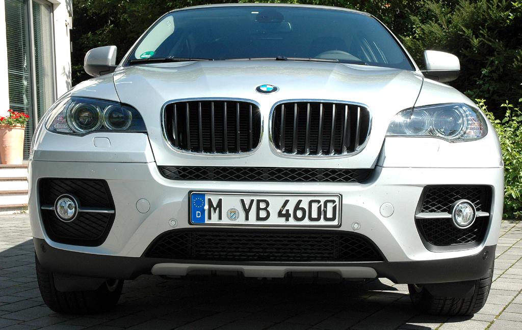 BMW X6 xDrive 30d: Blick auf die Frontpartie.