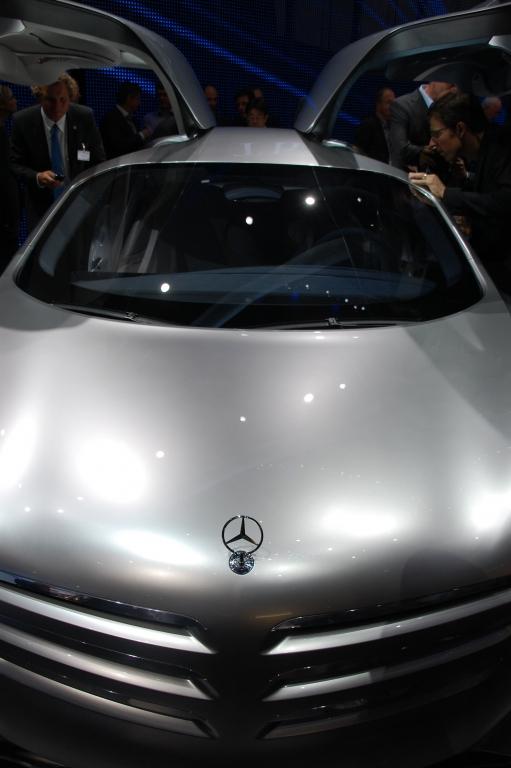 Daimler-Chef Zetsche forciert die Brennstoffzelle