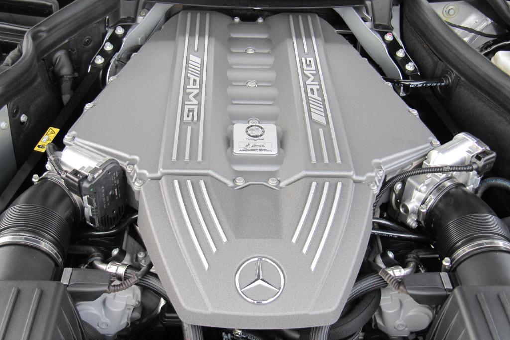 Das Herzstück: 6,2-Liter-V8-Frontmittel-Motor mit 571 PS