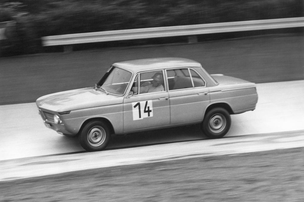 Der BMW 1800 TI war bereits in der 60er Jahren eine sehr gut motorisierte Limousine