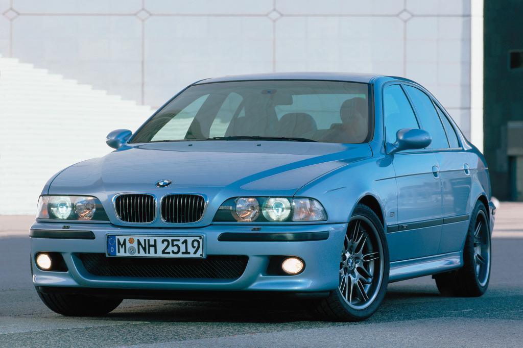 Der M5 der Baureihe E39 kam mit einem 400 PS starken V8-Motor auf den Markt