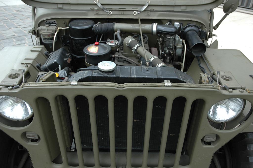 Der Motor: Vier Zylinder, 2,2 Liter Hubraum, 61 PS, bis Tempo 100 schnell.