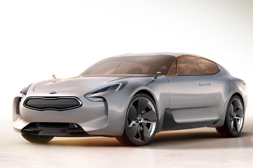 Die hinterradgetriebene Viertürer-Studie von Kia lässt die Armada der etablierten Limousinen seines Segments alt aussehen