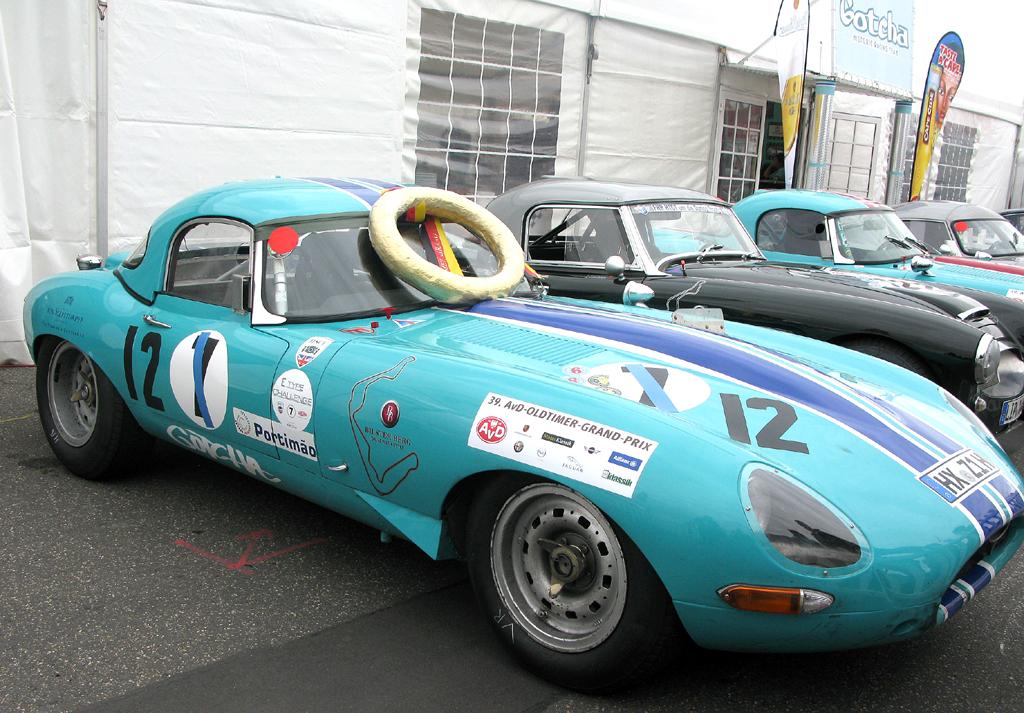 E-Type-Parade beim AvD-Oldtimer-Grand-Prix auf dem Nürburgring.