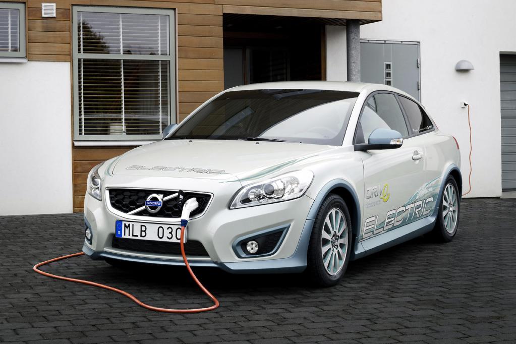 Elektro-Hype ist für Automobil-Professor unerklärlich