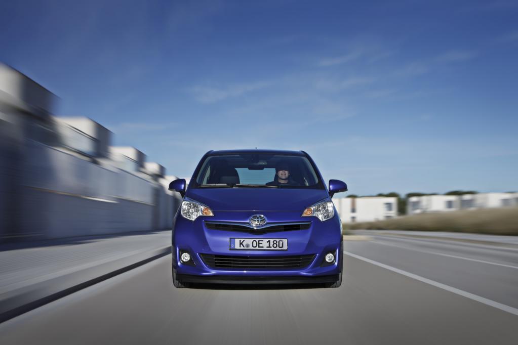 Er tritt gegen Wettbewerber wie Kia Venga und Opel Meriva an.