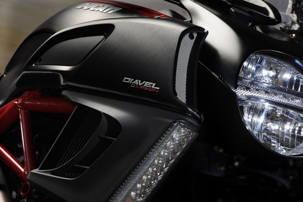Fahrbericht Ducati Diavel: Batman's Bike