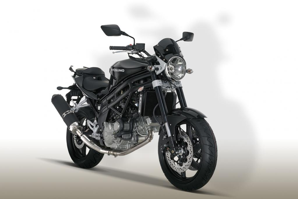 Hyosung GT 650i Naked 2013 48PS Drossel - Unfall und