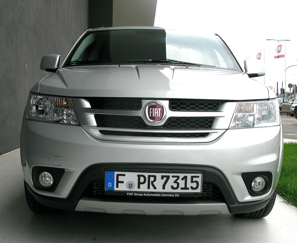 Fiat Freemont: Blick auf die Frontpartie.