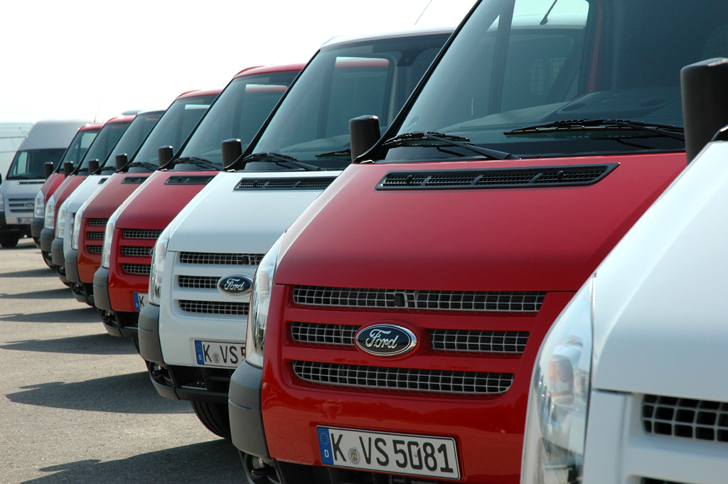 Gerade weiter aufgewertet: Ford Transit, hier bei der Präsentation des aktuellen Jahrgangs zuletzt auf dem Gelände der Flugwerft in Oberschleißheim bei München. Fotos: Koch/Ford
