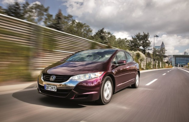 Honda FCX Clarity - Auf der Suche nach der Tankstelle