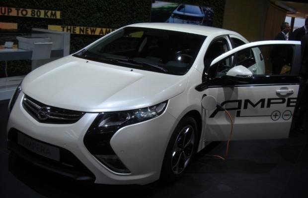 IAA 2011 – Alternative Antriebe: Opel Ampera, Chevrolet Volt und Toyota Prius