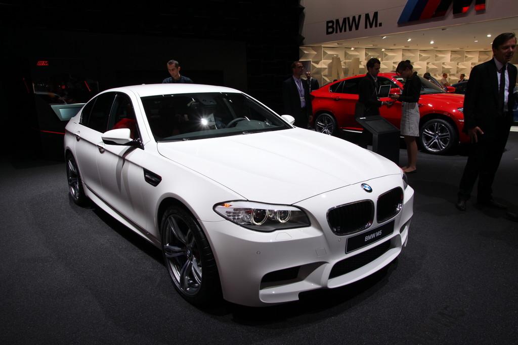 IAA 2011: BMW M5 ist bis zu 305 km/h schnell