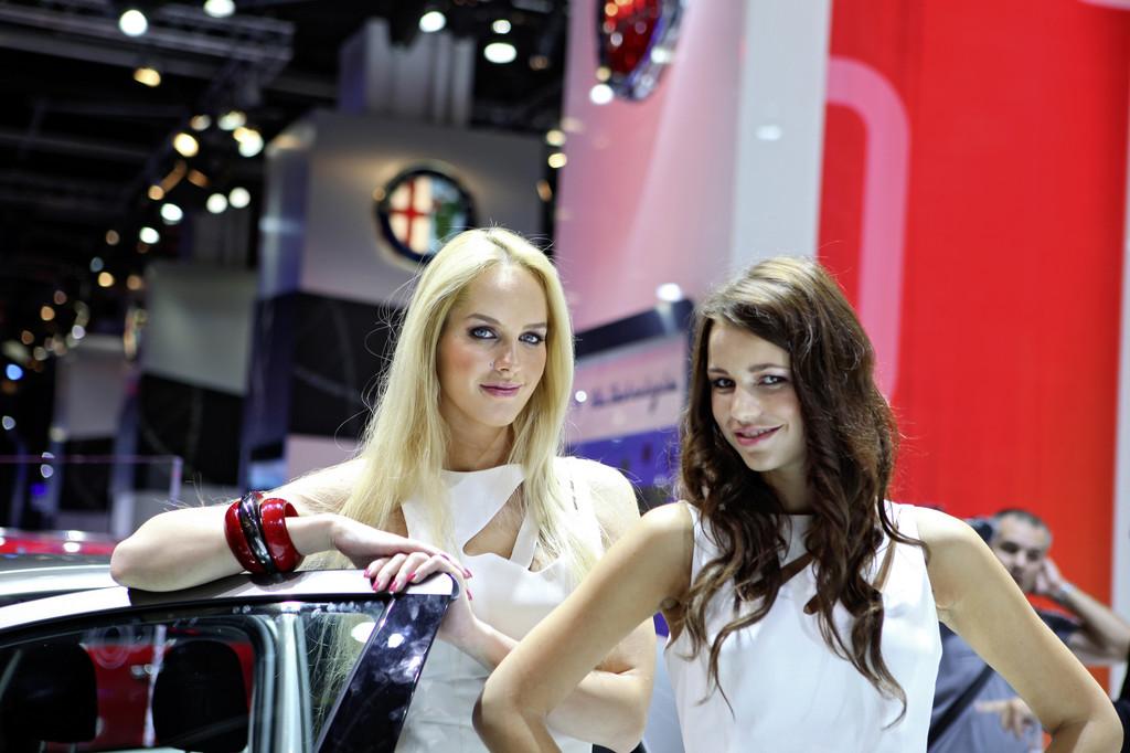 IAA 2011: Girls, Girls, Girls