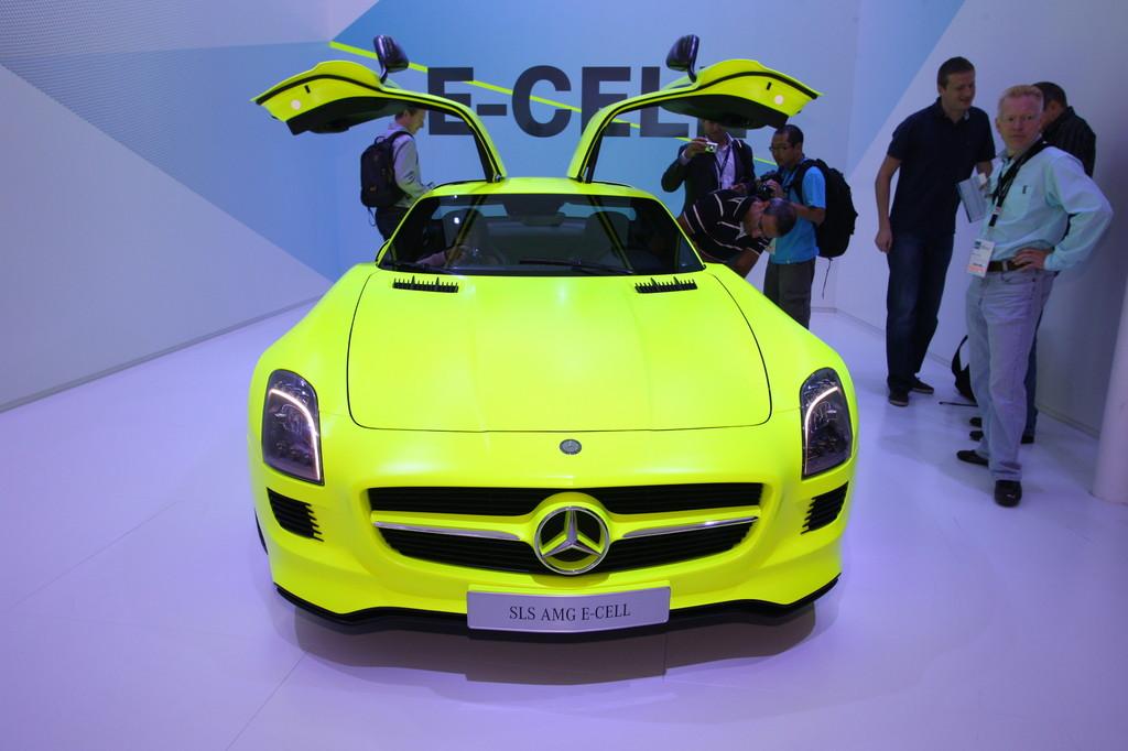 IAA 2011: Mercedes-Benz SLS AMG E-Cell bekommt Rückgrat aus Karbon