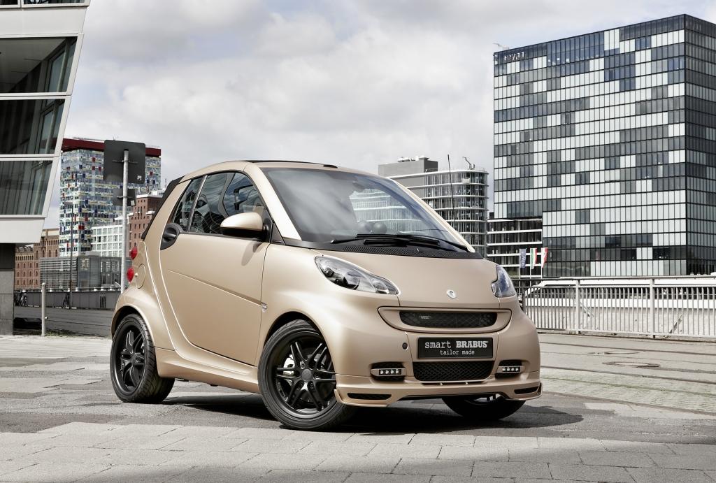 IAA 2011: Smart und Wesc stellen goldenen Brabus auf die Räder
