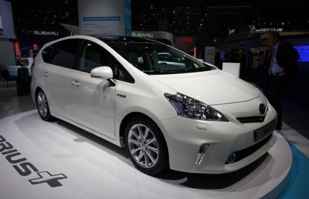 IAA 2011: Toyota bringt den ersten Hybrid-Van für Europa