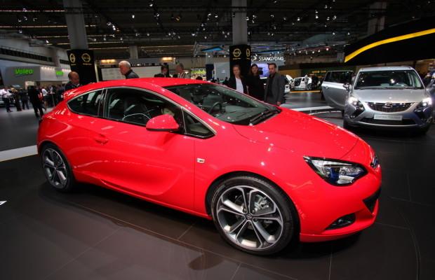 IAA 2011: Über 15 000 Vorbestellungen für den Opel Astra GTC