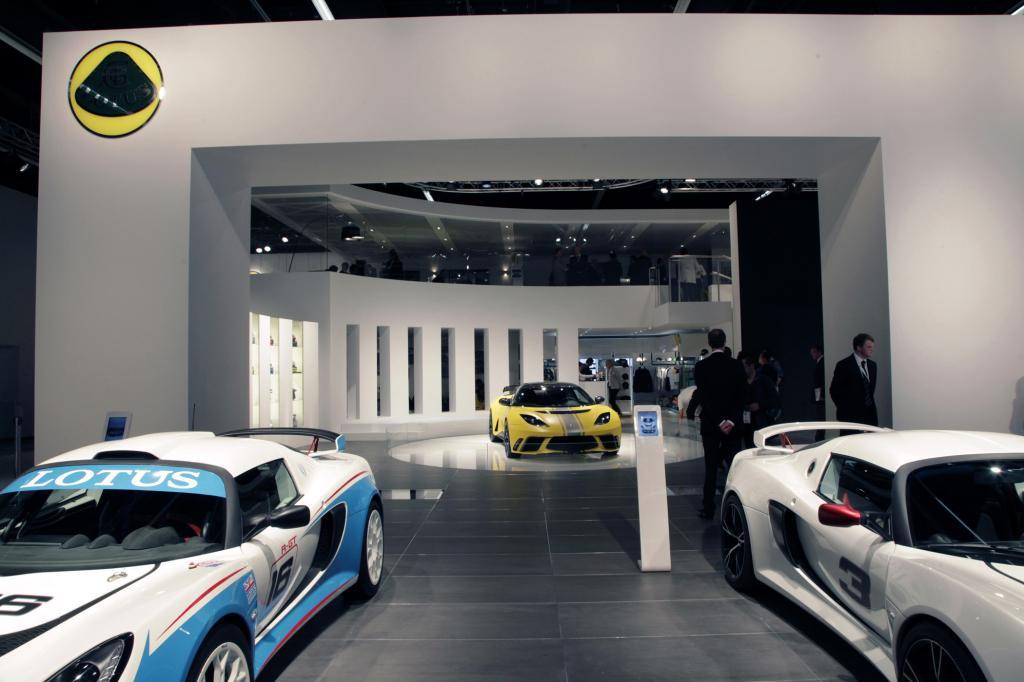 In Frankfurt ist von der neuen Produktoffensive von Lotus wenig zu sehen