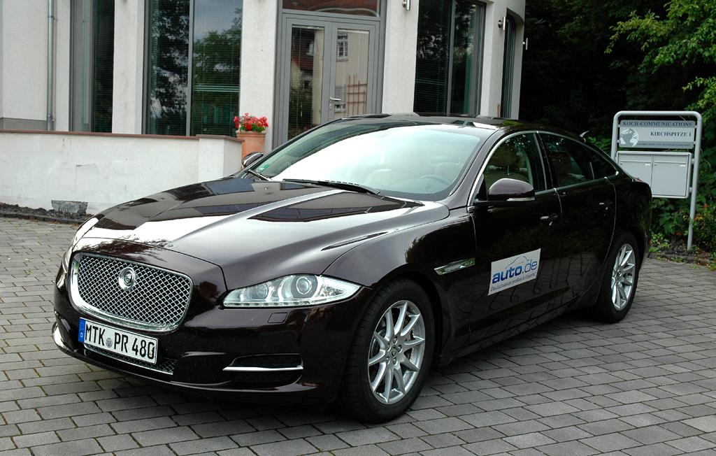 Jaguar-Luxuslimousine XJ, hier als 275-PS-Turbodiesel.