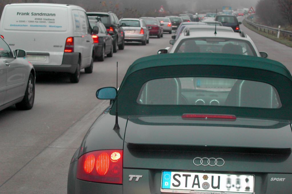 Kommentar: Deutschland - die Autofahrernation?