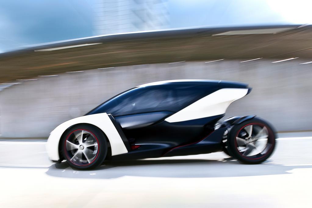 Mit einer Höchstgeschwindigkeit von 120 km/h wäre der Elektroflitzer theoretisch sogar autobahntauglich.