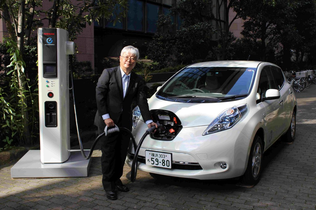 Nissan entwickelt neues Schnell-Ladegerät
