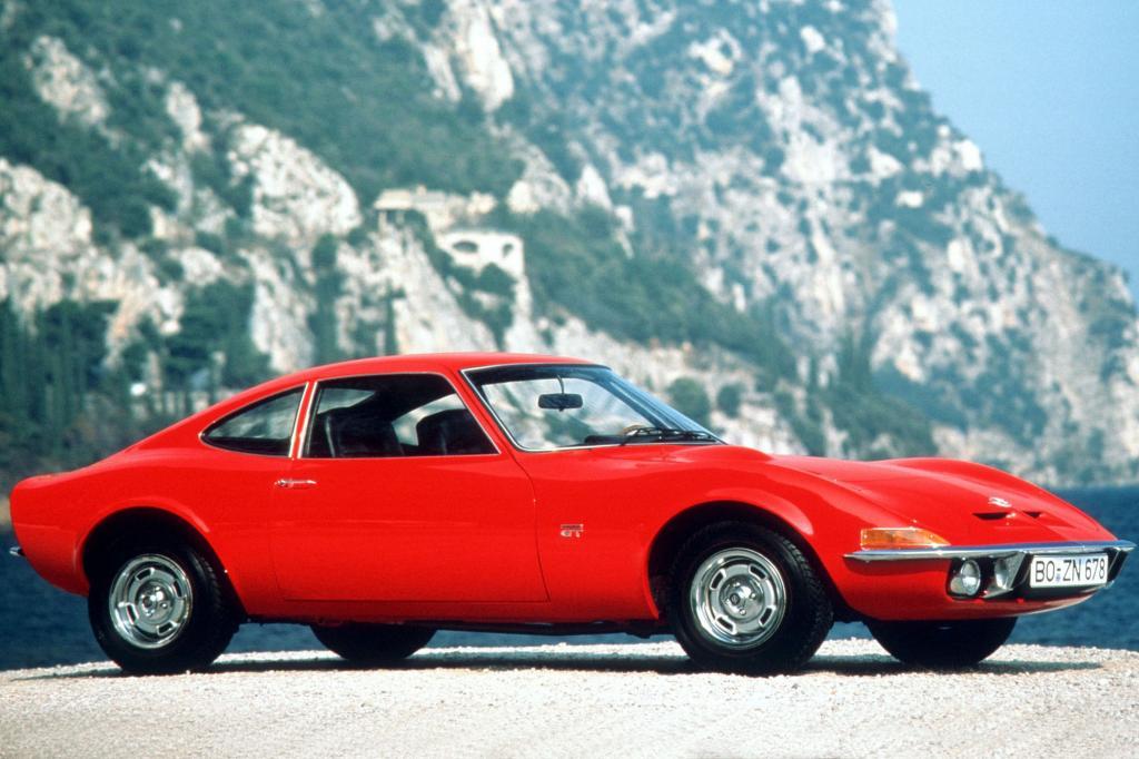 Platz 9: Der Opel GT