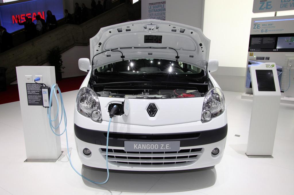 Probefahrten mit Renault Kangoo Z.E. bei Klimawoche
