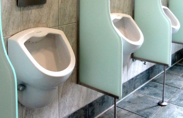 WC-Türen an Autobahnraststätten bei Dieben gefragt