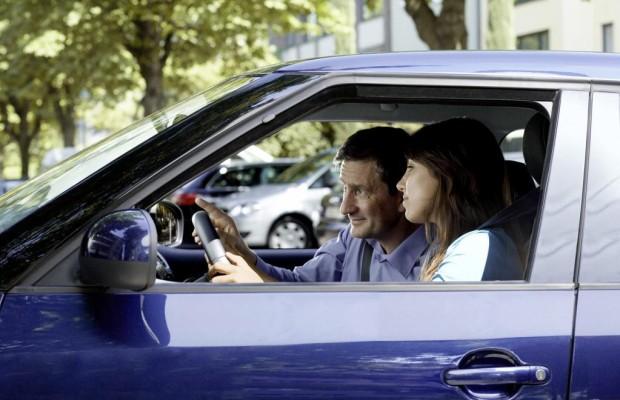 Autoversicherung: Rabatt für Führerschein mit 17