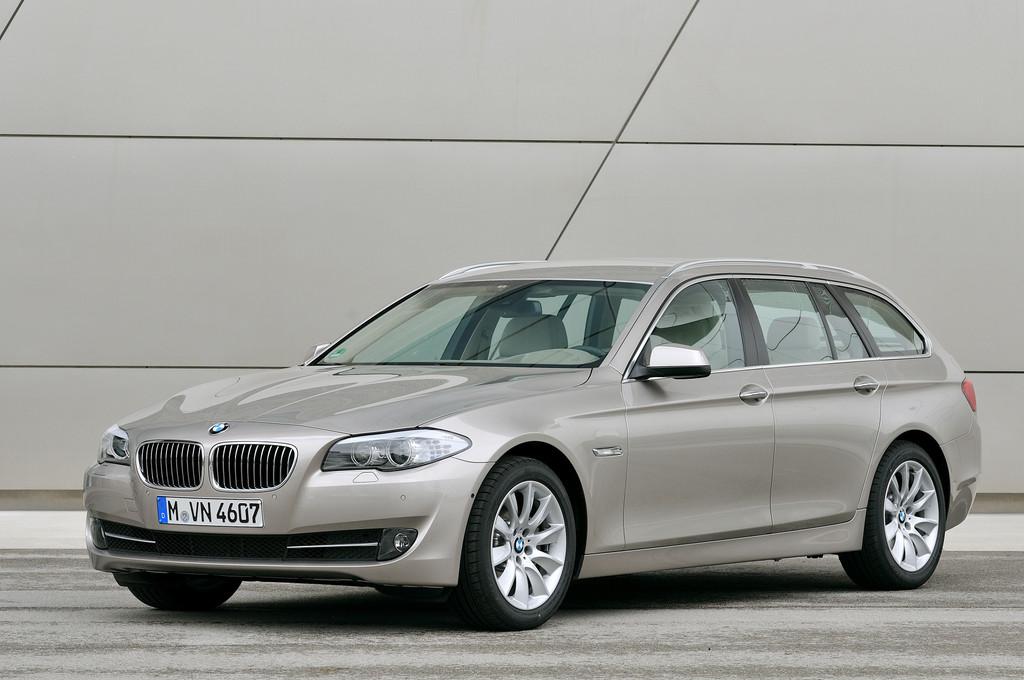BMW 5er Touring erhält Designpreis 2012 in Silber