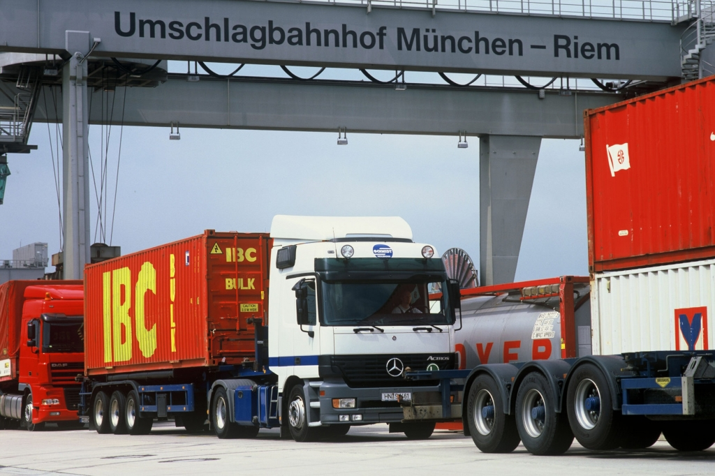 "Beschlossene Sache: Riesen-LKW ""Gigaliner"" kommen"