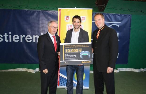 Continental unterstützt Talentförderung im Tennis
