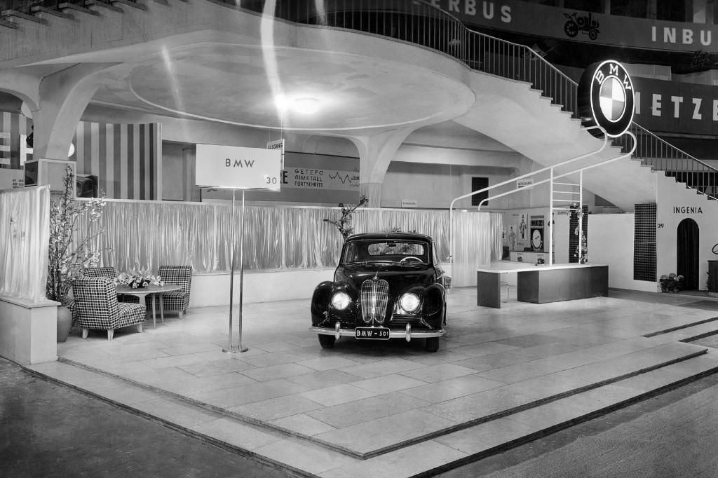 Der BMW 501 bei der Weltpremiere 1951