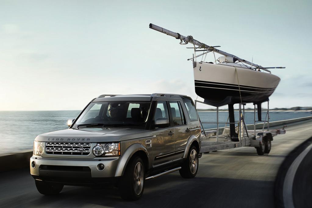 Der Land Rover Discovery rollt mit mehr Ausstattung und mehr Komfort ins neue Modelljahr.