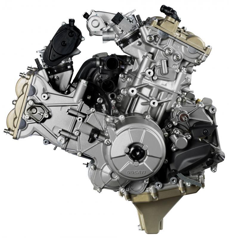 Der Motor von Ducatis neuem Modell Panigale 1199 wird wie gewohnt zwei Zylinder im 90 Grad-Winkel haben. Die Ventile des Superquadro getauften Triebwerks werden zwangsgesteuert mit der Desmodromik.