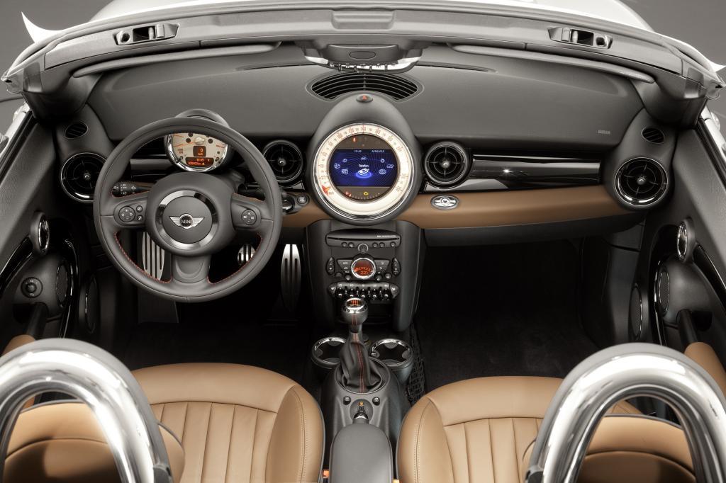 Die Preise für den Roadster nennt BMW noch nicht. Das technisch verwandte Coupé startet bei 21.200 Euro.