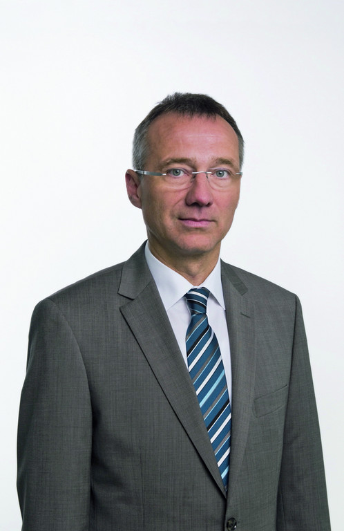 Dr. Andreas Tostmann.