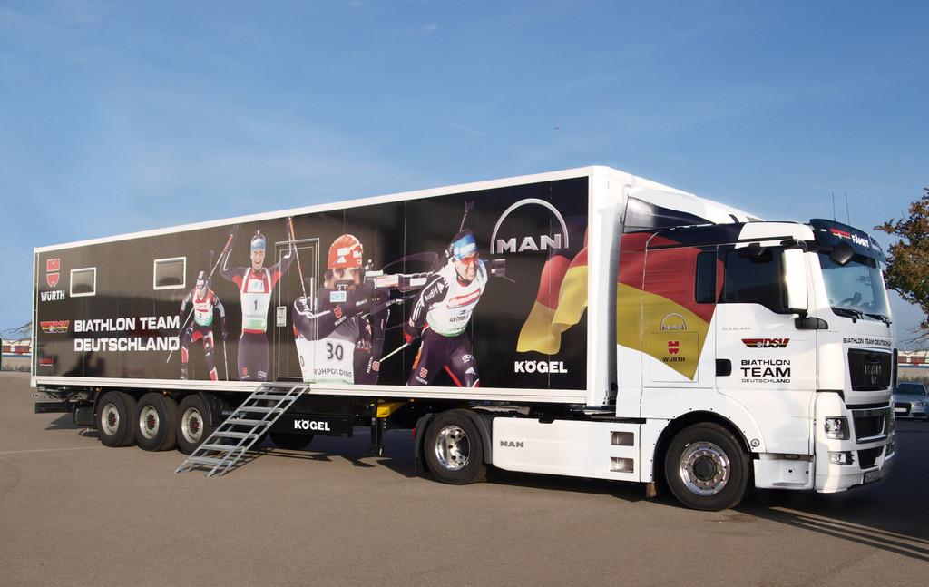 Ein ganzer Sattelzug für die Techniker des Biathlon-Teams.