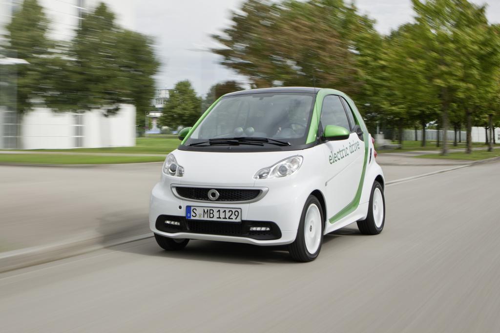 Elektromobil-Umfrage - Deutsche wollen große E-Autos
